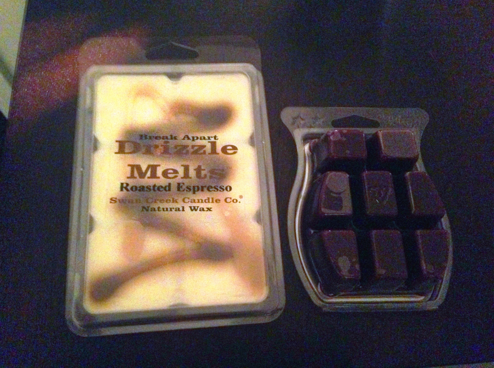 """Bigger and stronger than the """"other guys"""" at the same price! Find out about these drizzle melts - the best fall scented wax cubes I've found!"""